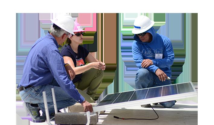 Cursos Energia Solar Online Y Presencial Capacitacion Para Ser Instalador De Paneles Solares Curso De Instalacion De Sistemas Fotovoltaicos Educacion En Energias Renovables Capacitacion En Energias Renovables Programa De