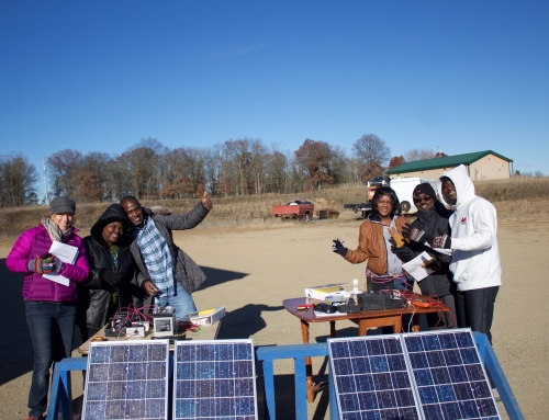 Rural Renewable Energy Alliance and SEI partner to teach a Liberian technician training