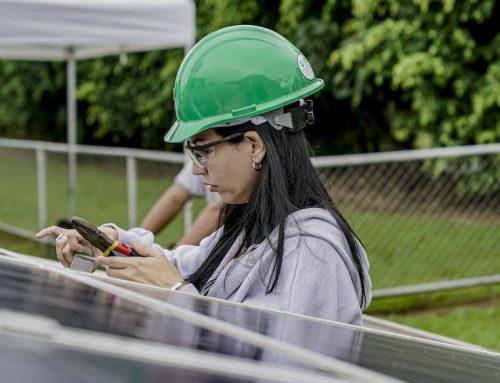 Mujeres en la Industria Solar: un crecimiento necesario