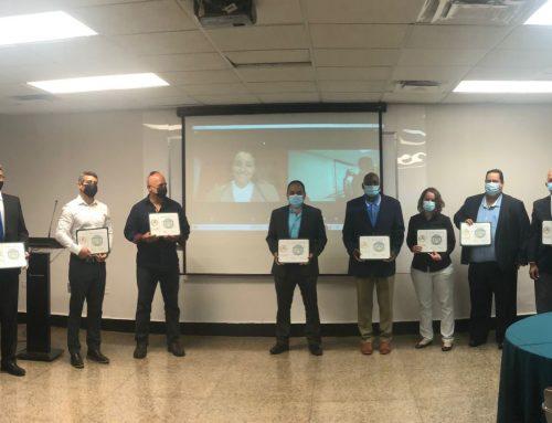 Primeros Egresados del Programa Educativo de Energía Solar en Puerto Rico